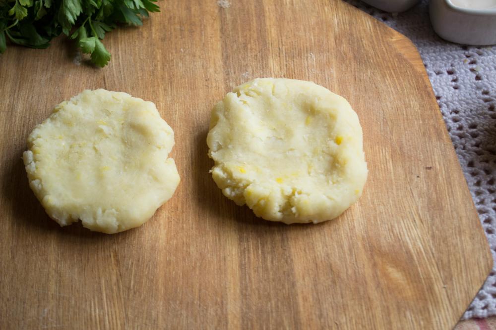 Рецепт запеканки из фарша и картофеля в мультиварке поларис