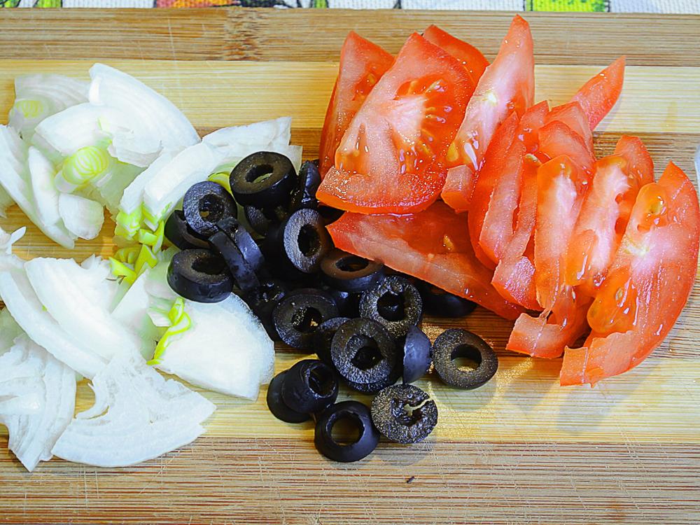 Рецепт приготовления салата из вермишели быстрого приготовления