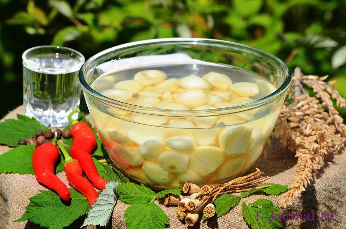 Чеснок - калорийность, полезные свойства, польза и вред ...