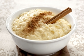 Рисовый пудинг с карамелизованными яблоками
