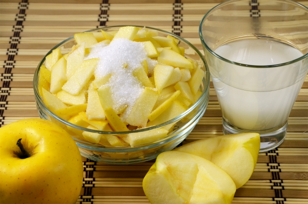 оладьи с яблочной начинкой - 4