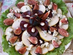 Салат с карамелизированной свеклой, инжиром и грушей