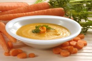 Морковный суп-пюре с лососем