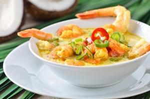 Тайский суп с креветками в кокосовом молоке
