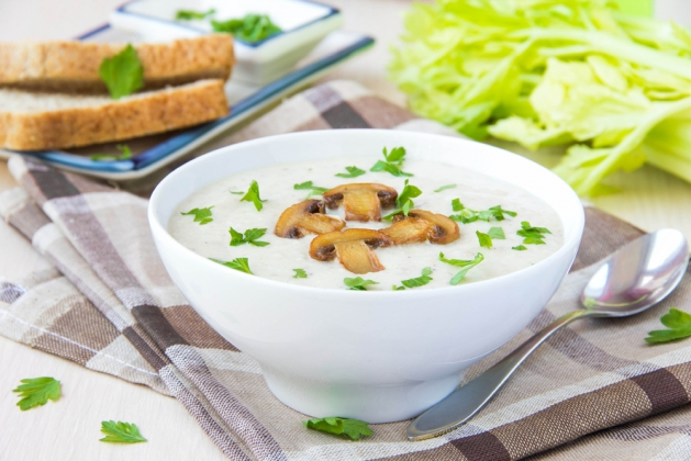 Суп-пюре из шампиньонов с цветной капустой