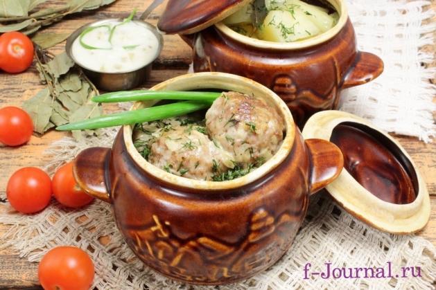 Тефтели в сметанном соусе