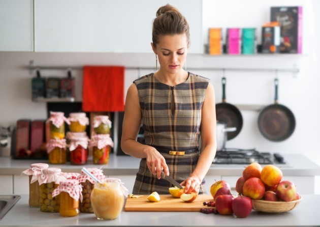Как варить яблочный компот