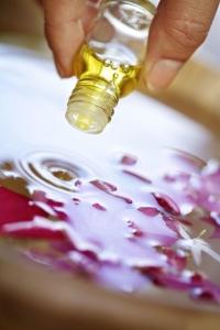 Натуральные и эфирные масла от растяжек - рецепты масляных смесей против растяжек