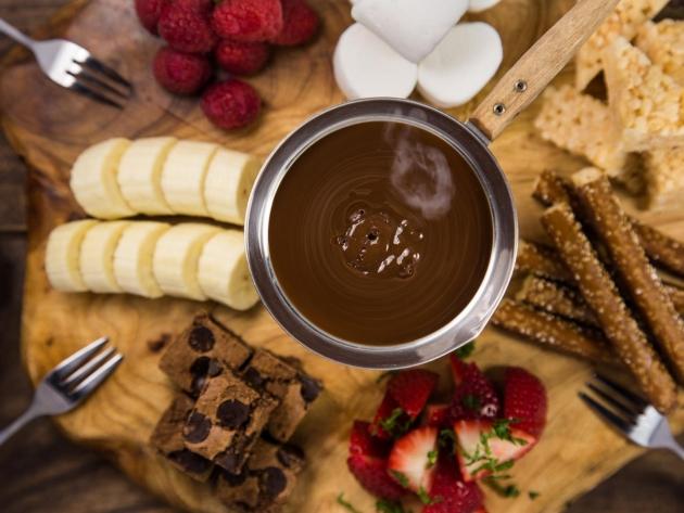 Шоколадное фондю Schokoladenfondue