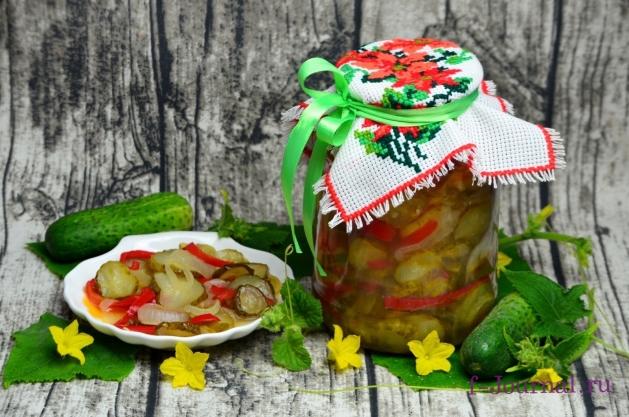 Салат из огурцов, болгарского перца и лука на зиму