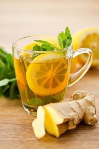Цитрусовый напиток с имбирем и мятой