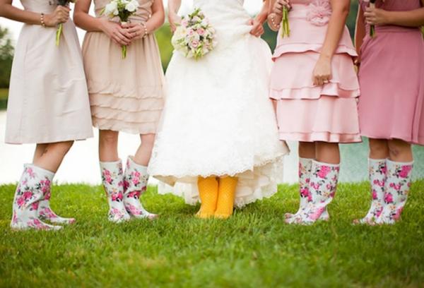 свадьба в стиле шербургские зонтики