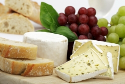 Сыр домашний с базиликом