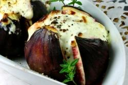 Инжир, запеченный с фетой