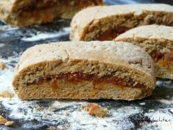 Печенье из цельнозерновой муки с сухофруктами