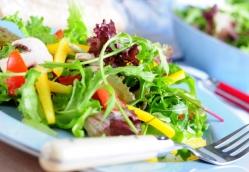 Овощной салат с белыми грибами