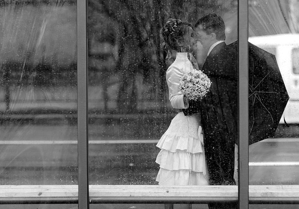 свадьба в дождь фото