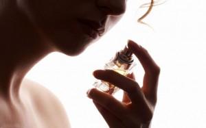 Как выбирать и наносить парфюм