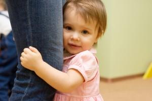Как помочь ребенку побороть стеснительность?