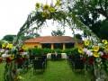Оригинальное оформление свадьбы цветами