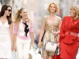 Как одеваться весной женщине за 50