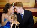 Свадебные бокалы своими руками — основы самостоятельного украшения
