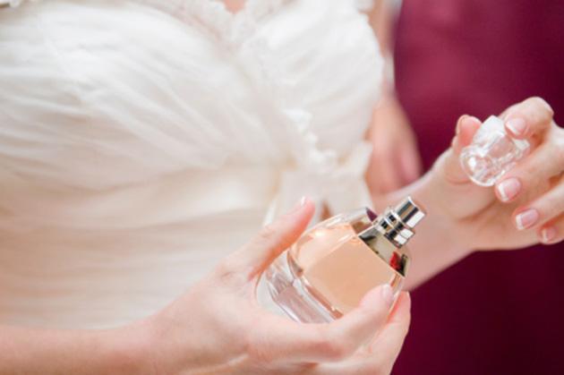 Какие духи выбрать на свадьбу? Как выбирать духи на свадьбу?