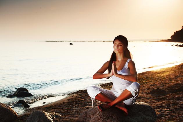 йога - випарита карани мудра практика