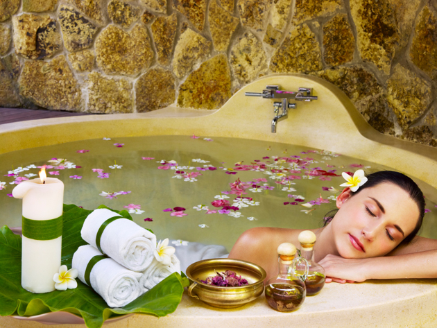 Ванна с лечебными ароматами