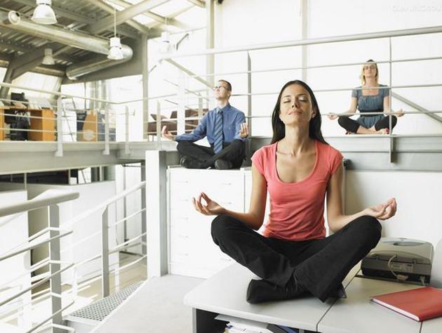 Сидячая гимнастика на рабочем месте