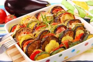 блюдо из баклажанов и кабачков