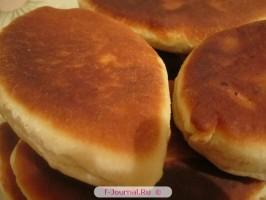 Пирожки с начинкой из картофеля и шкварок