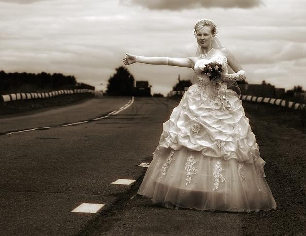 Почему женщины вступают в брак