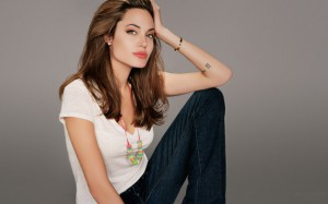 Сырая диета от Анджелины Джоли