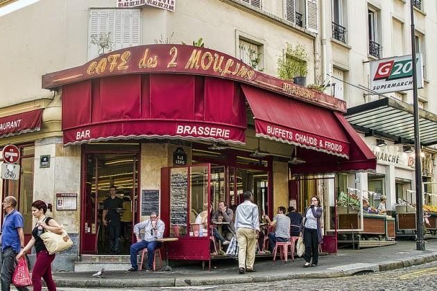 Кафе «Две Мельницы» (Cafe Des Deux Moulins Paris)