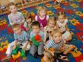 Когда лучше отдавать ребенка в детский сад или не отдавать вообще?