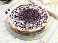 Открытый пирог с черной смородиной